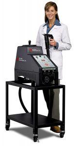 Benchmark 315 machine with operator
